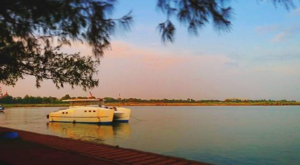Pantai Marina Semarang, Spot Terbaik Menyaksikan Sunset