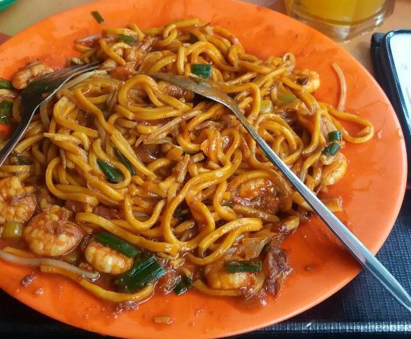 8 Daftar Tempat Makan Paling Enak Di Medan