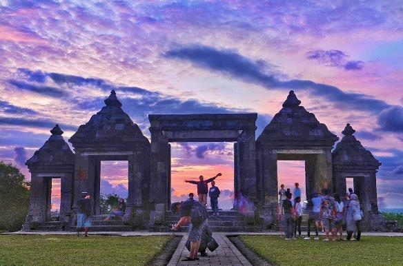 Sunset dan Harga Tiket Candi Ratu Boko Jogja