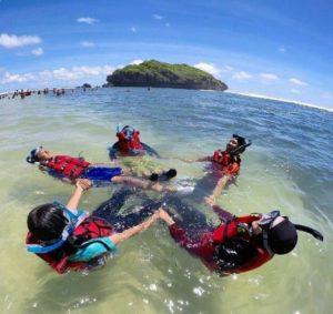 Snorkeling Di Pantai Sadranan Wonosari Gunung Kidul