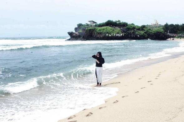 Lokasi Dan Harga Tiket Masuk Pantai Krakal Gunung Kidul