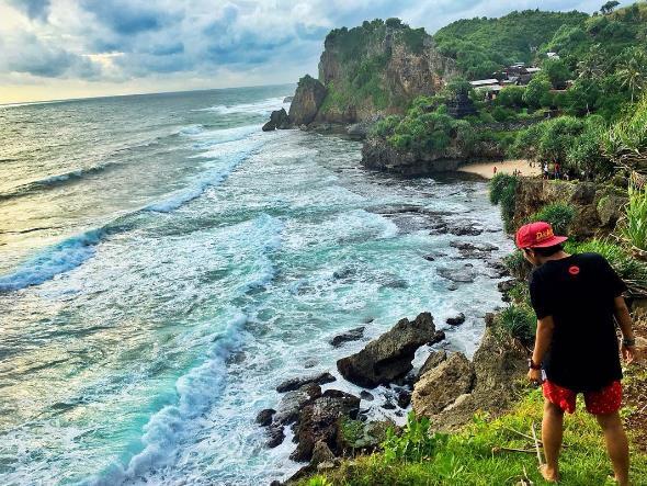 Tiket Masuk Dan Rute Pantai Ngobaran Gunung Kidul Yogyakarta