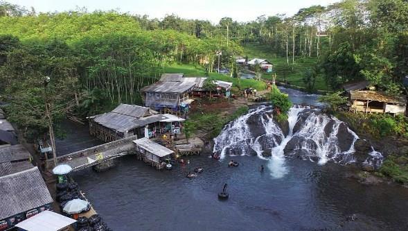 Jalan Menuju Lokasi Wisata Sumber Maron Malang