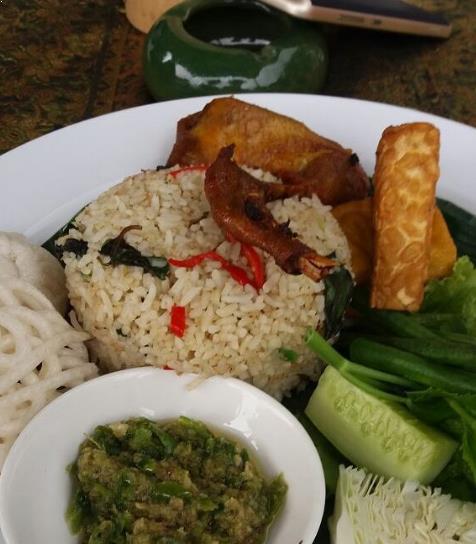 27 Kuliner Makanan Khas Tasikmalaya Yang Wajib Untuk Kamu Coba