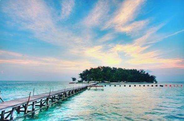 8 Pantai Indah Di Jawa Tengah Yang Belum Terjamah