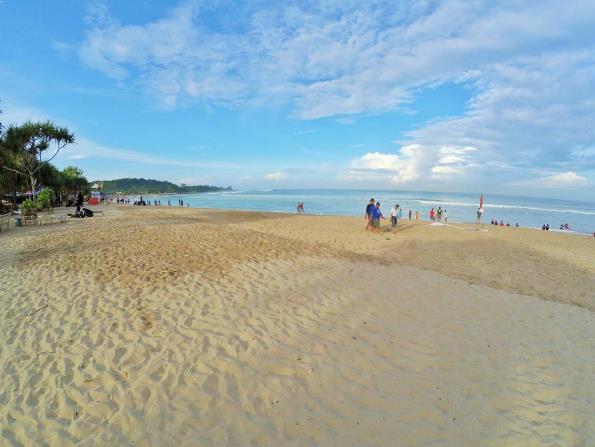 バンテン州のTANJUNG LAYARビーチ